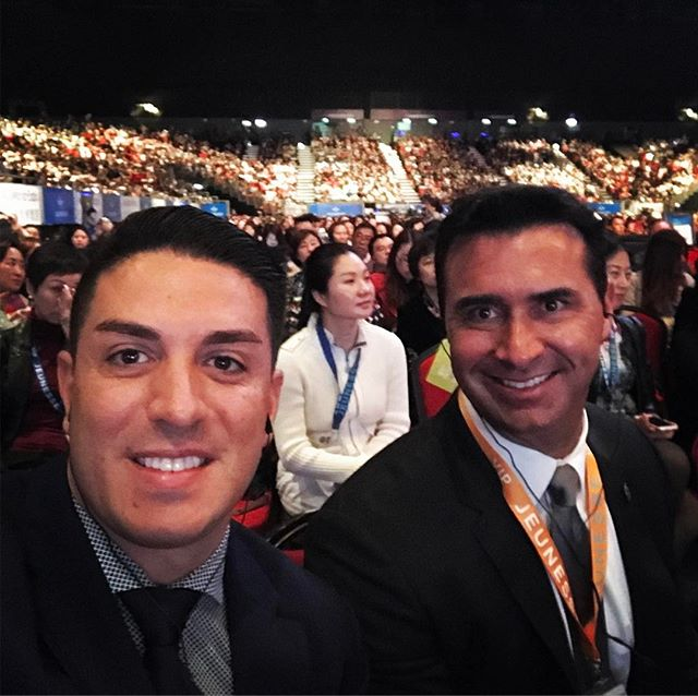 Here with 14,000 people at Jeunesse University in Hong Kong. #FreightTrainWithNoBrakes #Jeunesse #JNSUHK