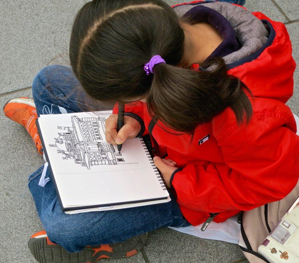 Drawing class on the Bund, Shanghai