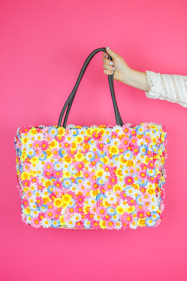 Floral Purse DIY | Perfect for any flower or music festival, get out your hot glue guns and old purses!