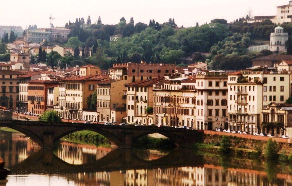 20496922-Bridge Over the Arno.jpg