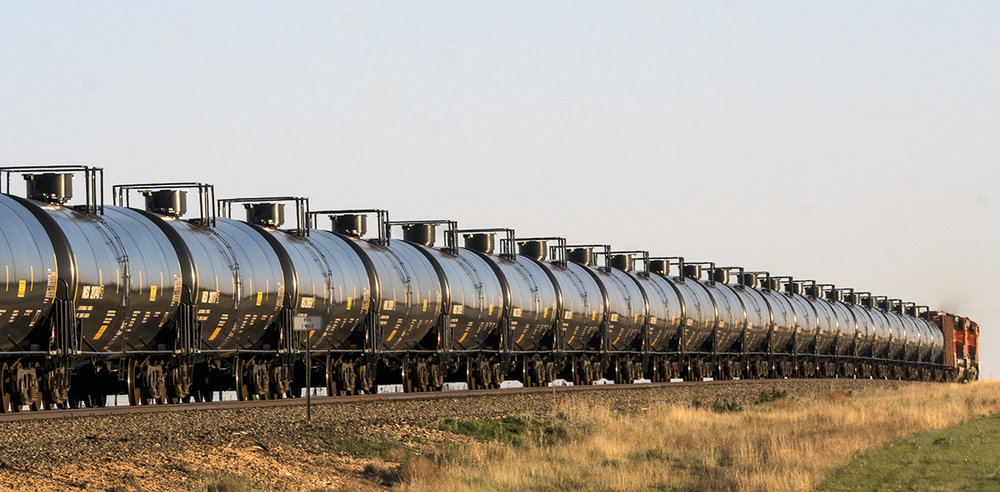 20496930-RGEdmonson_High plains tanks_Photography_36x17_275.jpg