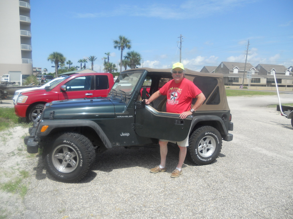 Bobby removed the upper door panels of his Jeep before he & Peggy hit the road back to New Orleans