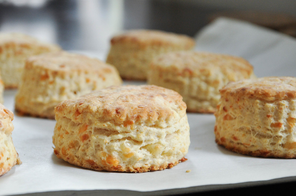 Buttermilk Cheddar Biscuits | O&O Eats