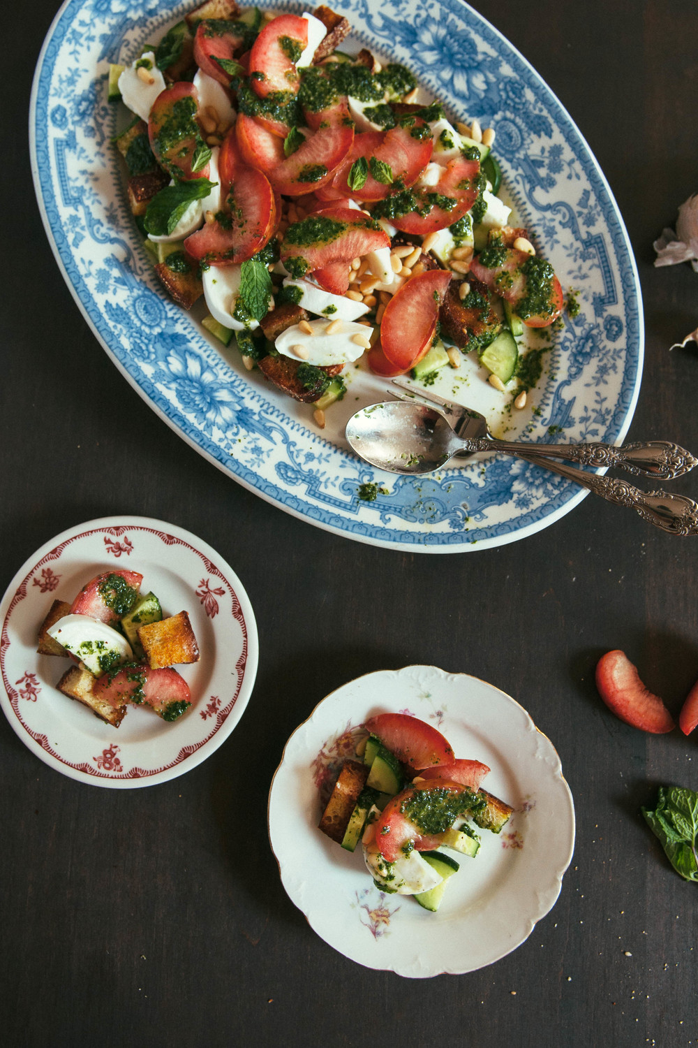 mozzarella_pluot_salad7.jpg