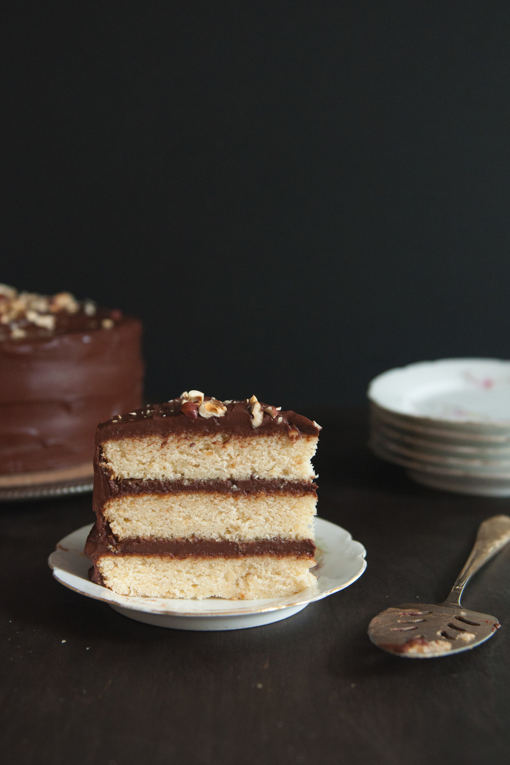 hazelnut_chocolate_cake8.jpg