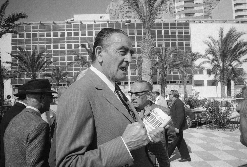 Malaga 1973 Hombre el Mundo.jpg