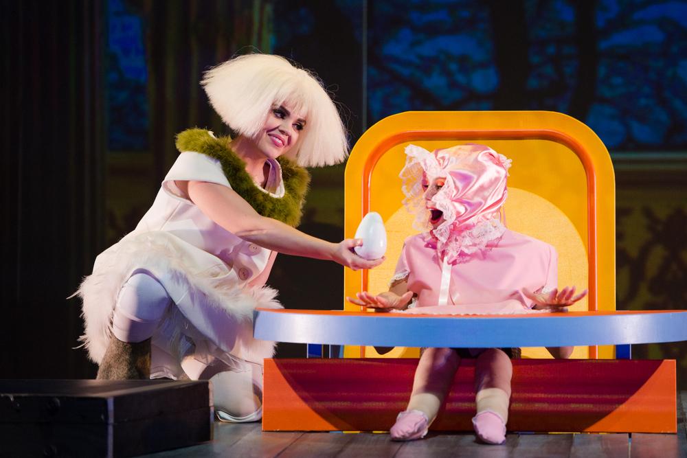 Higglety Pigglety Pop! (2016)