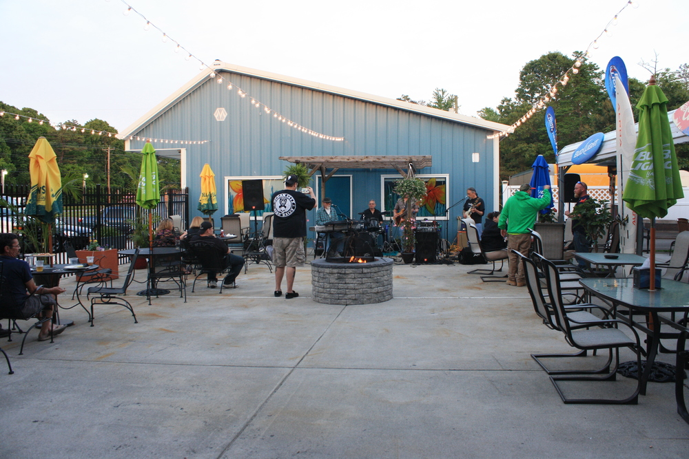 Live music and outdoor seating in our spacious patio area.