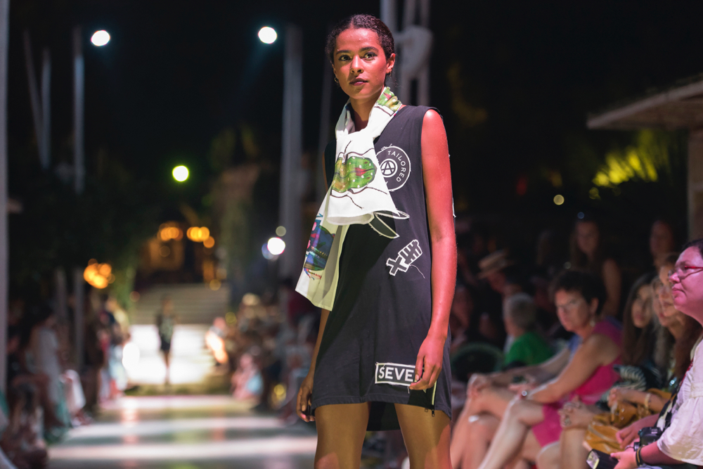 dressed_in_ibiza_fashion_shopping_urban_in_ibiza_runway_8.jpg