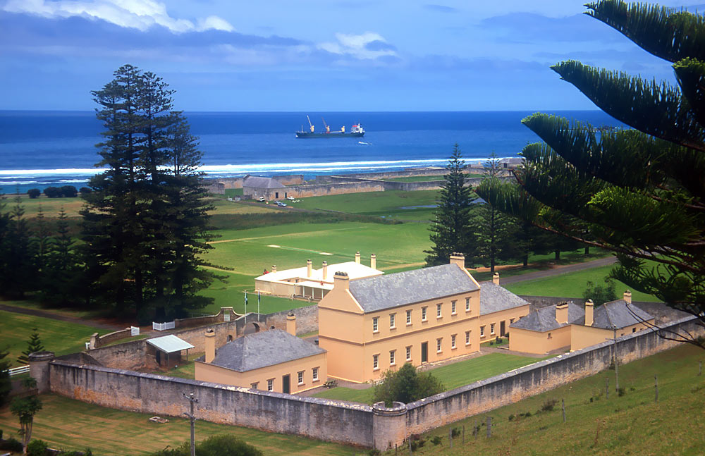 Norfolk_Island_jail1.jpg