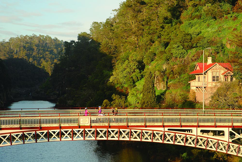 Kings-Bridge---Cataract-Gorge.jpg