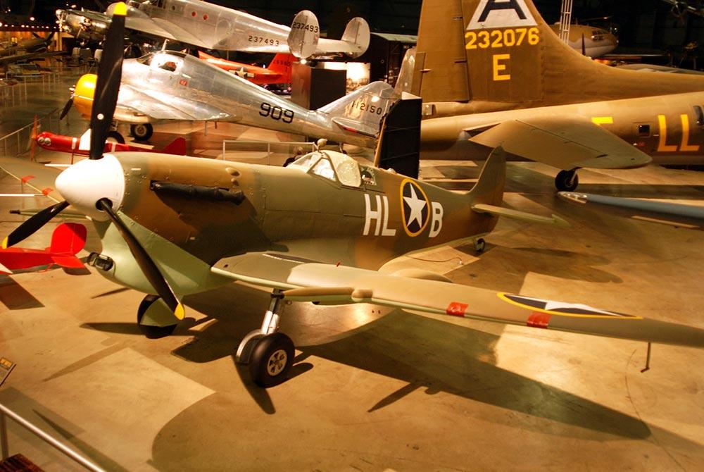 Supermarine_Spitfire_Mk.jpg