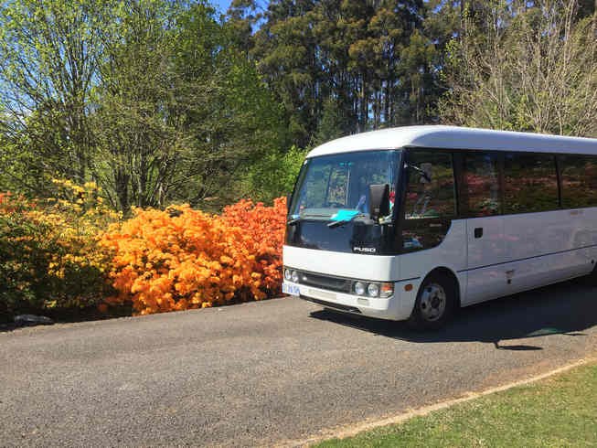 Mini Coach - 21 Passenger Seats$160 per hour (min 3 Hours)