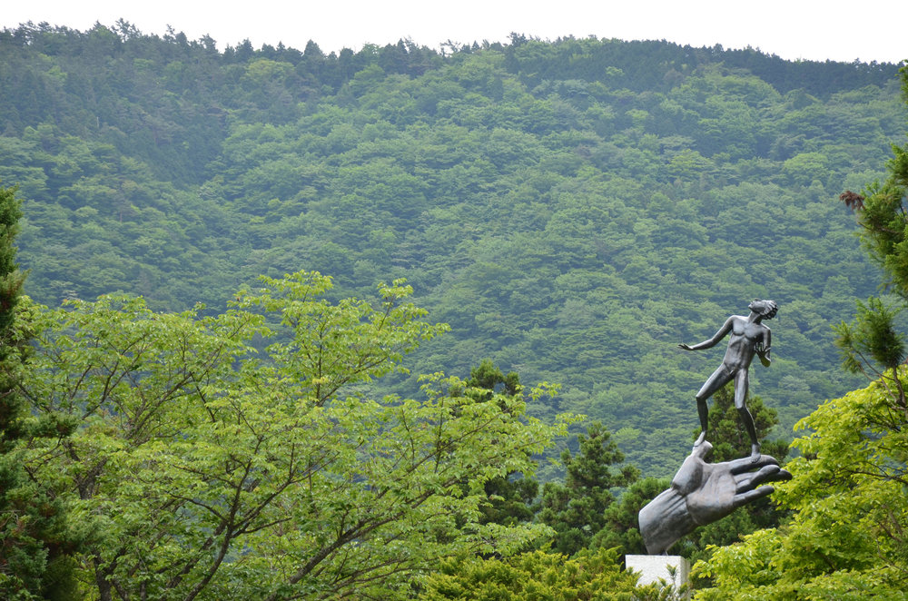 hakone_sculpture2.jpg