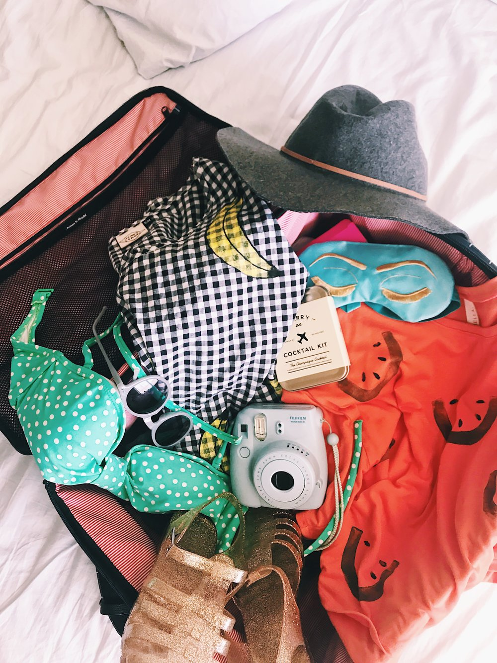summer trip packing