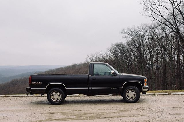 Took this 1986 Chevy 1500 on a mission through Brown County national park. Good to get the foot on a clutch again and breathe some truly fresh air.