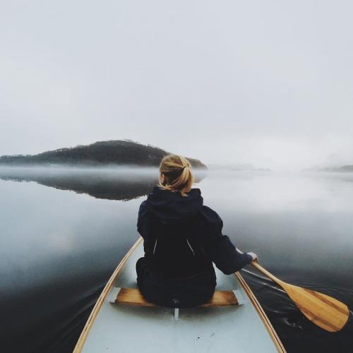 woman-canoe-mist.jpg
