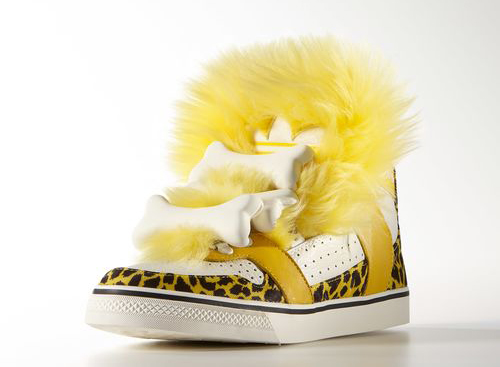 adidas-bones-fur-sneaker-2.jpg
