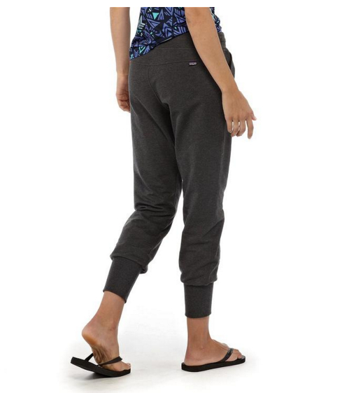 PATAGONIA_WOMEN'S_AHNYA_PANTS_outstyled_4.jpg