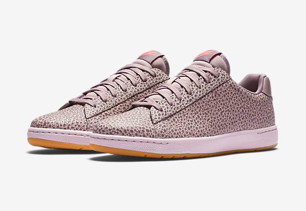 Nike-Tennis-Classic-Ultra-Premium-sneakers