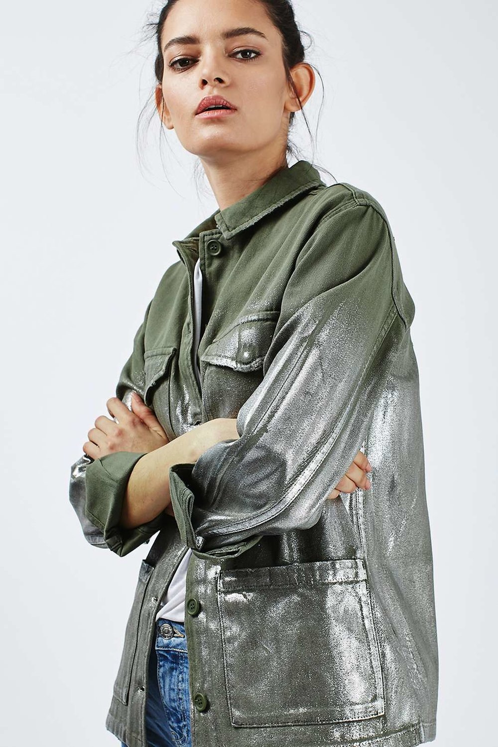topshop-Foil-Detailed-Lightweight-Shacket-model-outstyled.jpg