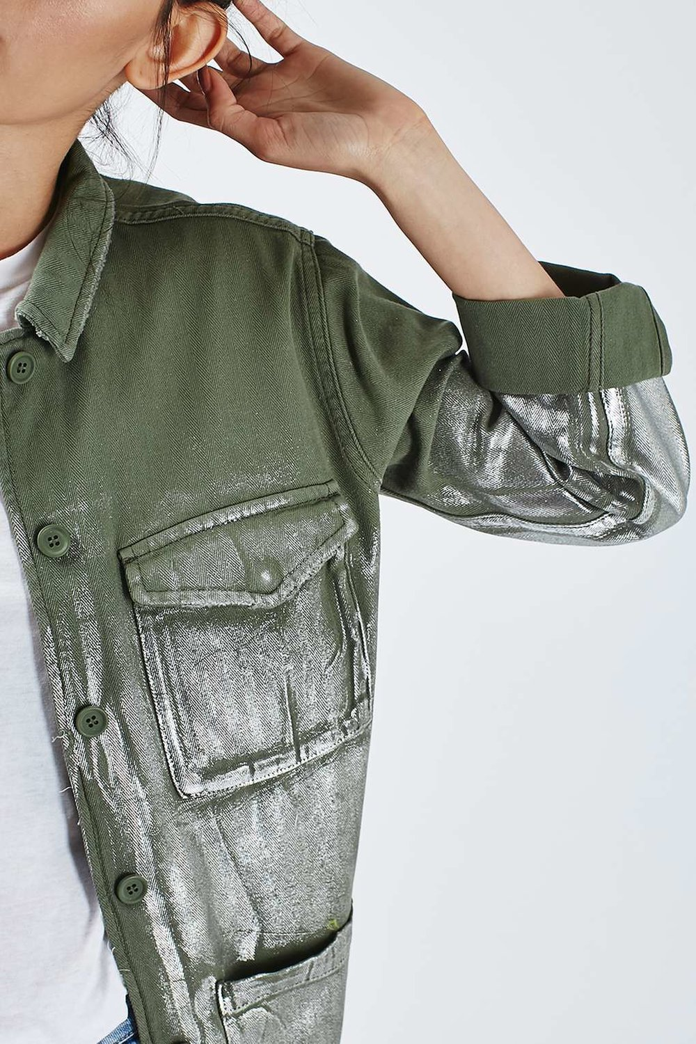 topshop-Foil-Detailed-Lightweight-Shacket-pocket-outstyled.jpg