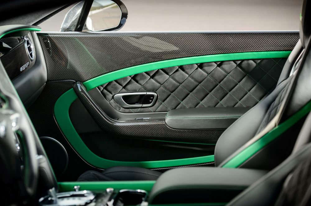bentley-continental-gt3-r-door-panel.jpg