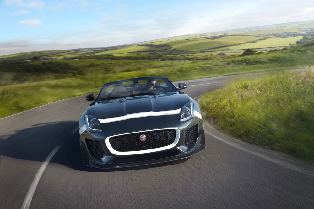 Jaguar-F-Type-Project-7-turning.jpg