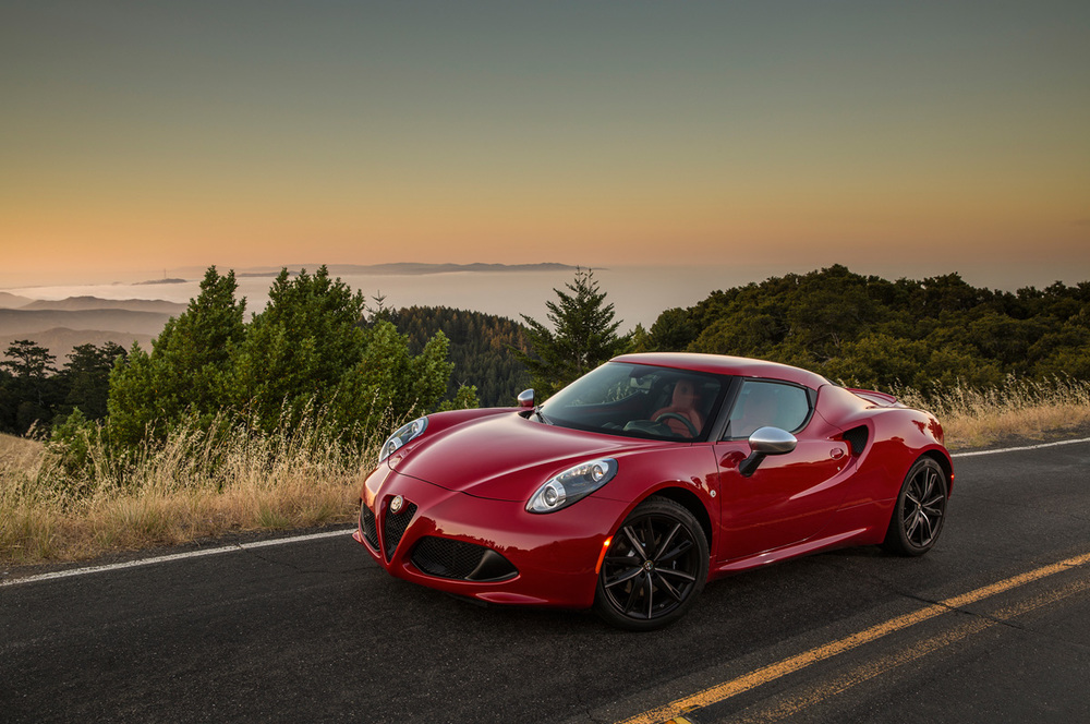 2015-alfa-romeo-4c-front-three-quarter.jpg
