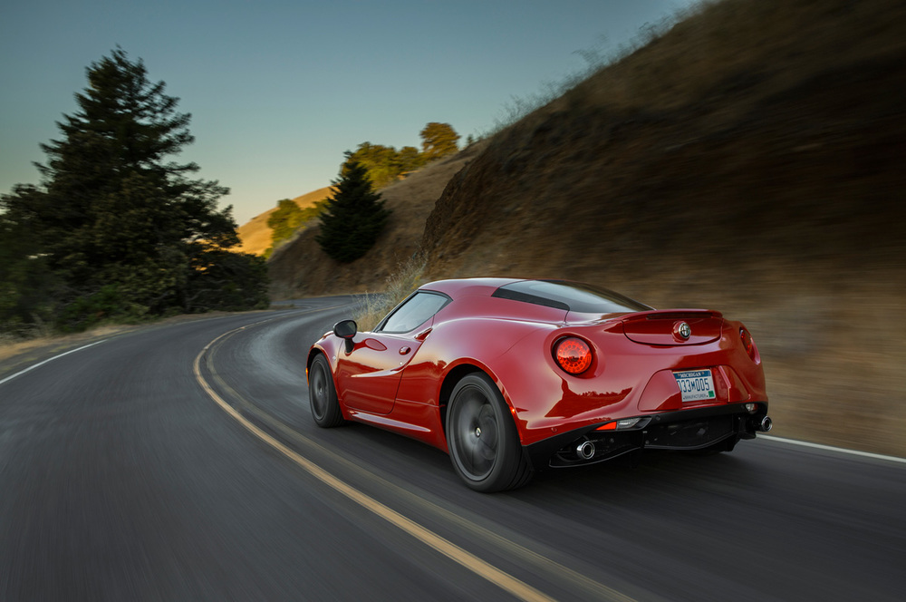 2015-alfa-romeo-4c-rear-three-quarter-in-motion.jpg