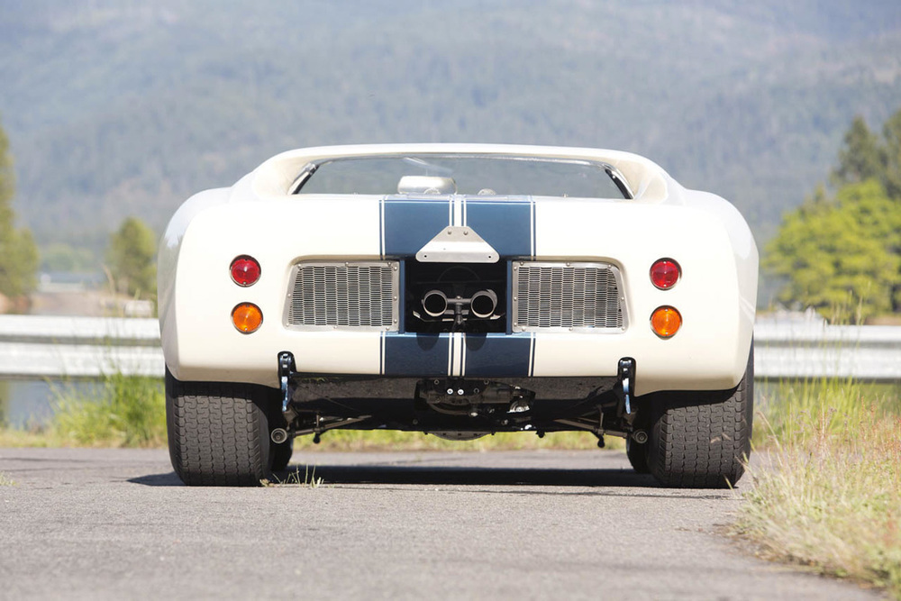1965-ford-gt40-roadster-prototype-16-1.jpg