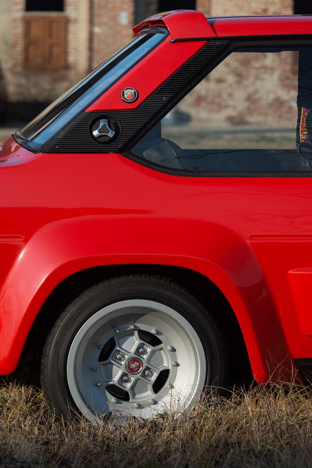 1976 Fiat 131 Abarth-13.jpg