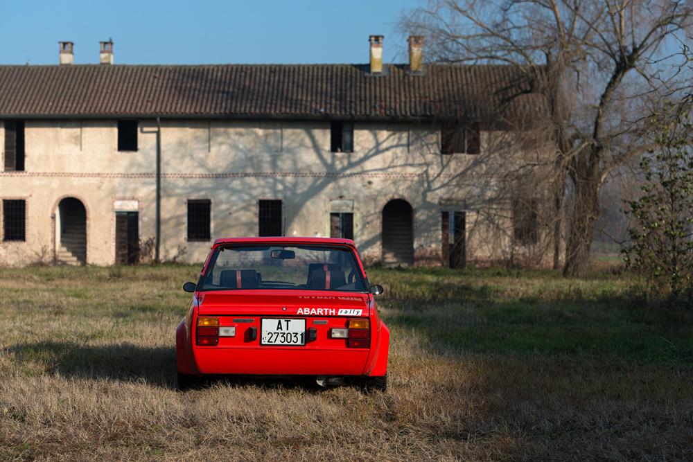 1976 Fiat 131 Abarth-10.jpg