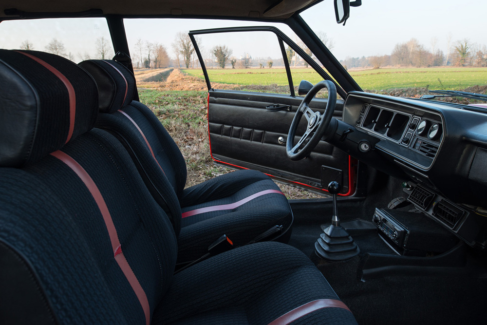 1976 Fiat 131 Abarth-21.jpg