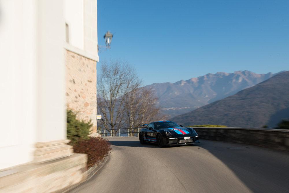 Cayman GT4-28.jpg