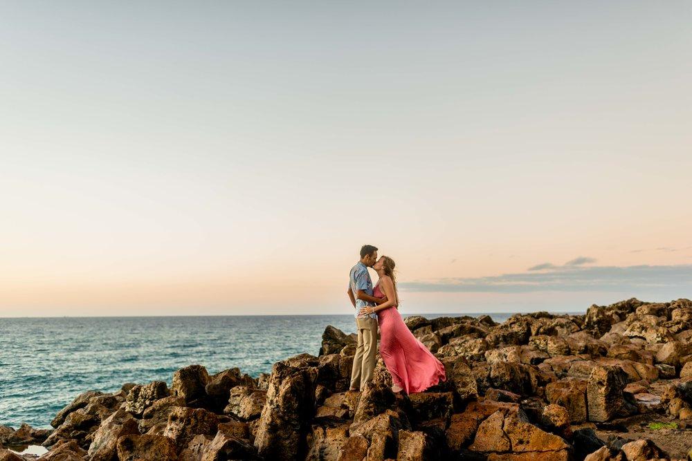 SUNRISE ENGAGEMENT SESSION. OAHU HAWAII. WEDDING AND ENGAGEMENT PHOTOGRAPHERS.