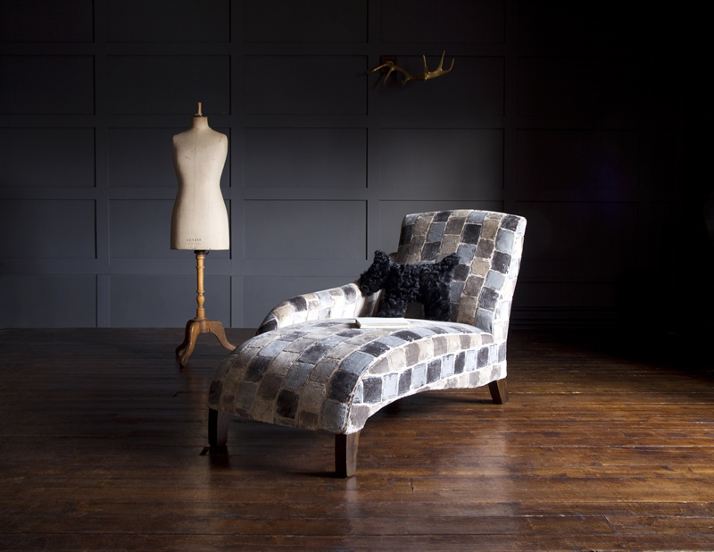 Muse_LHF_Chaise_Longue_in_Troubadour_Onyx.jpg