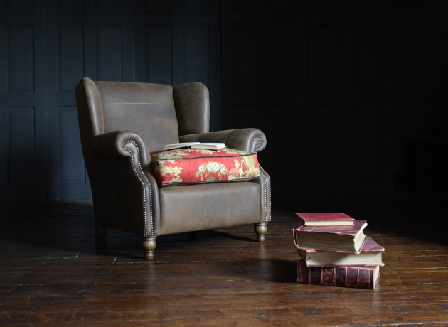 Tolstoy Chair Leather sankey.jpg