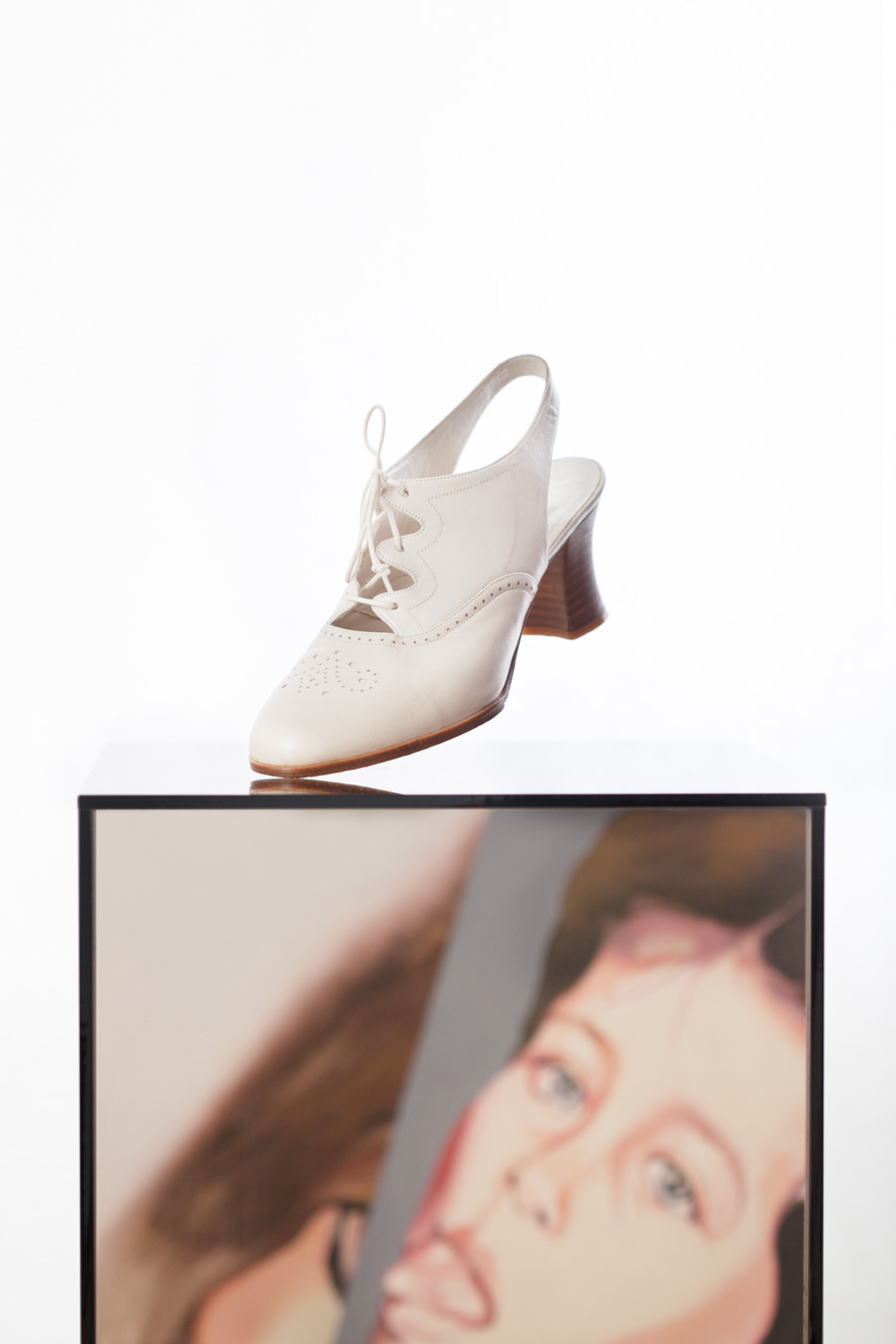 Toronto_Still_Life_Photographer_Joanna_Wojewoda_Second_Cousin_Vintage_Shoes-26.jpg