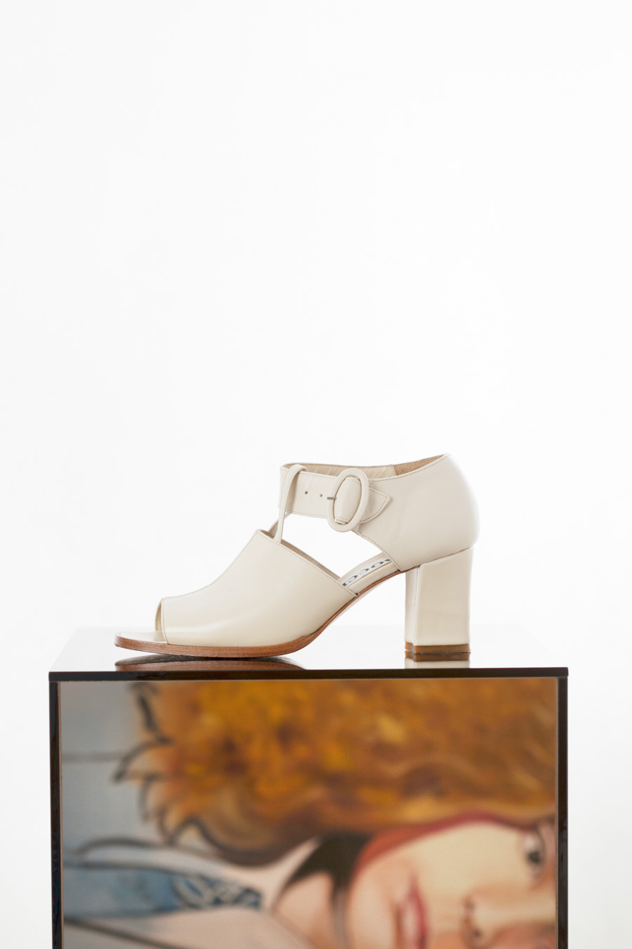 Toronto_Still_Life_Photographer_Joanna_Wojewoda_Second_Cousin_Vintage_Shoes-1.jpg