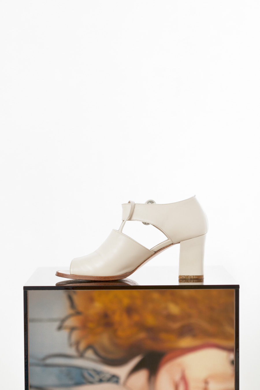 Toronto_Still_Life_Photographer_Joanna_Wojewoda_Second_Cousin_Vintage_Shoes-2.jpg