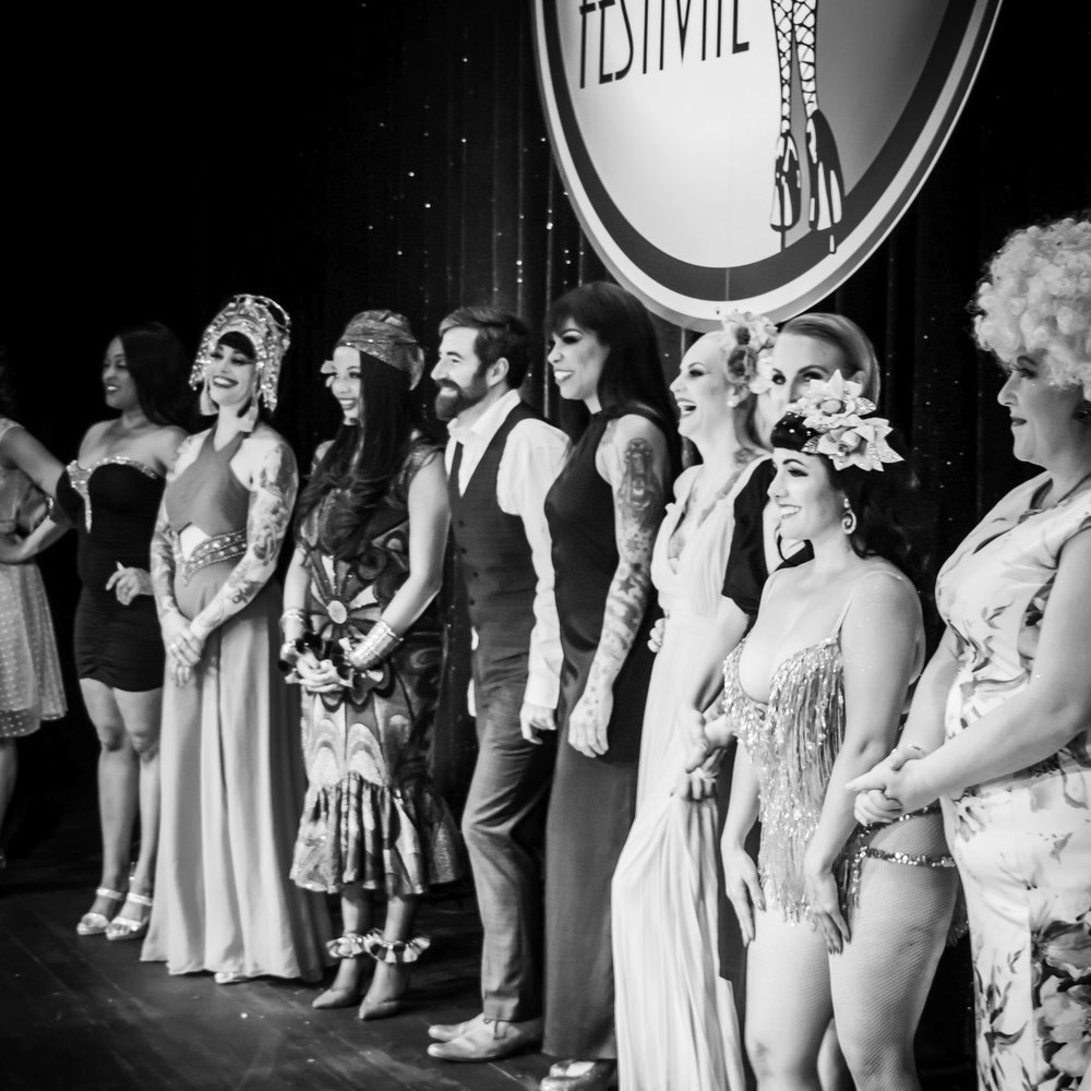 Apply - If you are an Artist, Burlesque Dancer, Singer, Magician please feel free to become part of the Swiss Burlesque Festival. We'll be back on December 2019