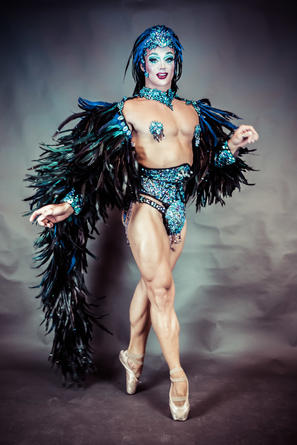 WINNER Swiss Crown of Burlesque 2018 - Chris Oh! New Zealand