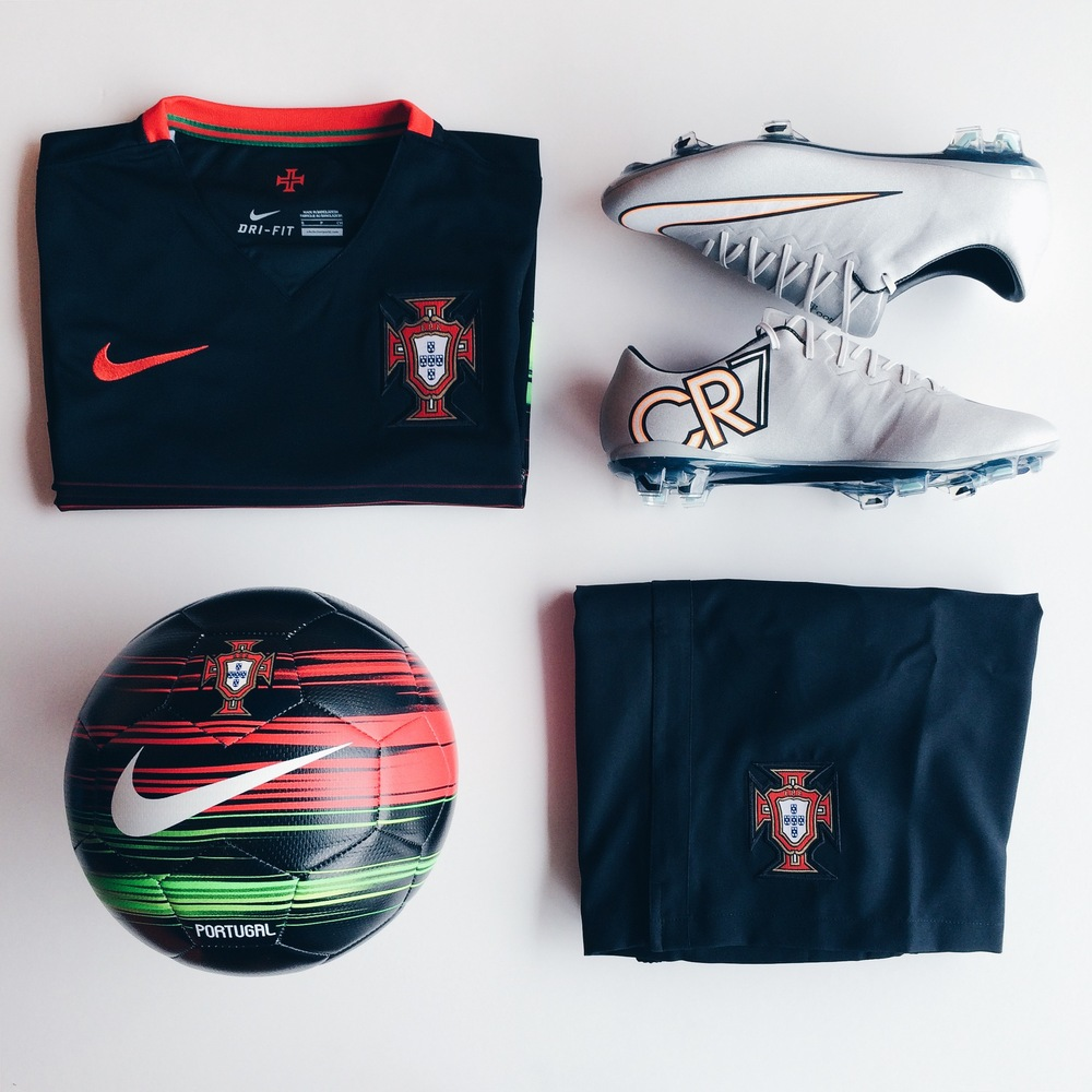 nike-portugal-away-kit-cr7.JPG