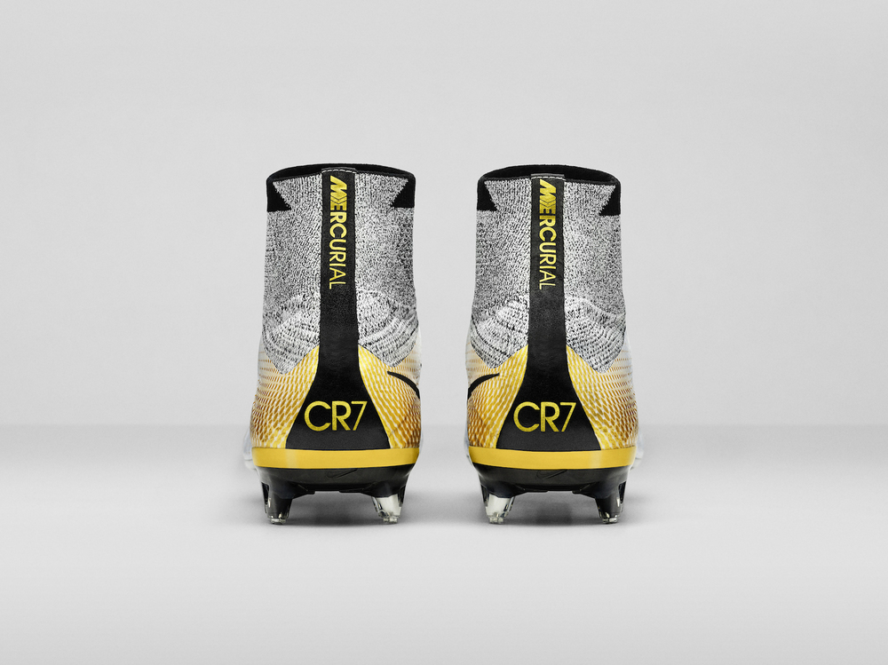 Nike_SP16_Superfly_CR7_gold_HEEL_view_07_V2_original.jpg