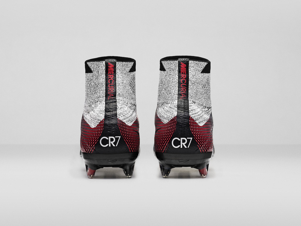 Nike_SP16_Superfly_CR7_slvr_HEEL_view_07_original.jpg