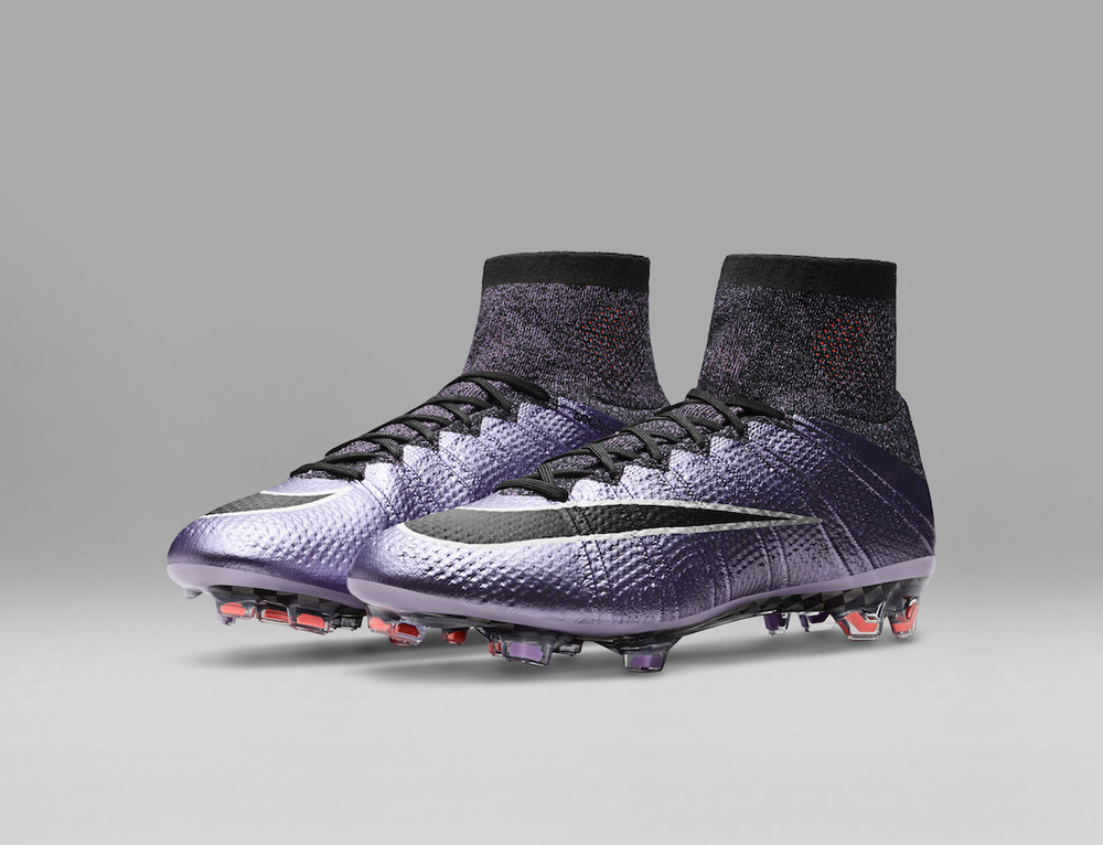 Nike_Football_LIQUID_CHROME_MERCURIAL_SUPERFLY_FG_641858_580_E_original.jpg