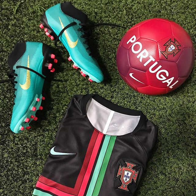 Gear up with all things @portugal 🇵🇹 — #nike #nikesoccer #soccer #mercurial #nikefootball #nikemercurial #soccercleats #portugal #cr7 #ronaldo #fifa #worldcup #russia2018