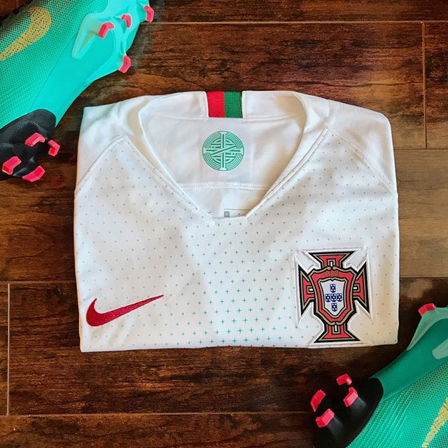 New Portugal jerseys are in!! Looking as fresh as ever 🇵🇹 —⠀ #nike #nikefootball #portugal #cr7 #ronaldo #worldcup #russia2018