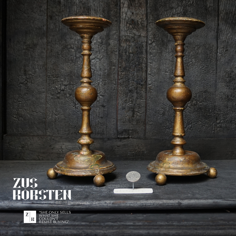 Wooden-Candlesticks-01.jpg